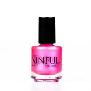 One of Sinful's best sellers - extreme. The brightest, hottest, sexiest neon pink in our collection, with an iridescent shimmer Sinful always recommends applying two coats of polish to give a solid colour, then applying top coat to extend the wear-time of the polish. 15ml