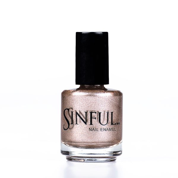 Foil finish gold with a slight rose gold tint. Sinful polishes are long lasting and chip resistant, however we do recommend using a Top Coat to finish every polish. This adds a high shine finish and extends the polish wear-time. 15ml