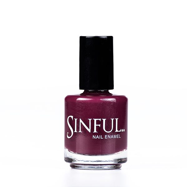 A gorgeous solid mulberry shade, the colour of an uprising star. Sinful always recommends applying two coats of polish to give a solid colour, then applying top coat to extend the wear-time of the polish. 15ml